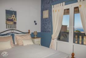 Image No.40-Commercial de 8 chambres à vendre à Plaka