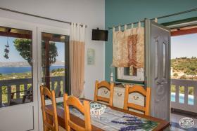 Image No.42-Commercial de 8 chambres à vendre à Plaka