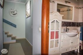 Image No.53-Commercial de 8 chambres à vendre à Plaka