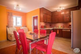 Image No.0-Appartement de 2 chambres à vendre à Maleme