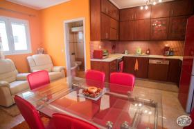 Image No.8-Appartement de 2 chambres à vendre à Maleme