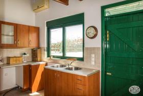 Image No.3-Maison de 2 chambres à vendre à Maleme