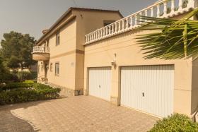 Pinar de Campoverde, Villa / Detached