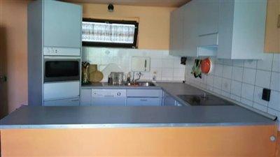 02OF01_06_kitchen