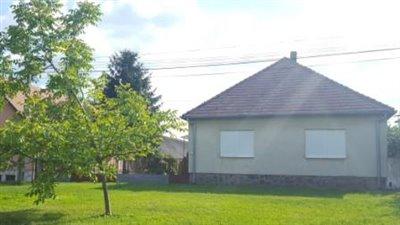 1 - Véménd, Country House