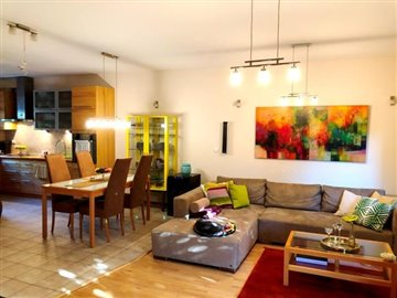 06--Living-Room