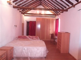 Image No.11-4 Bed Townhouse for sale