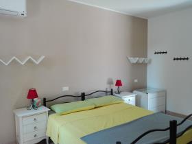 Image No.27-2 Bed Villa for sale