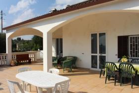 Image No.2-Villa de 2 chambres à vendre à Ostuni
