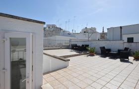 Image No.15-5 Bed Apartment for sale