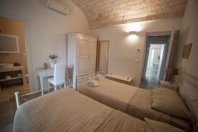 Image No.4-Maison / Villa de 5 chambres à vendre à Ostuni