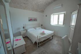 Image No.6-Maison / Villa de 5 chambres à vendre à Ostuni
