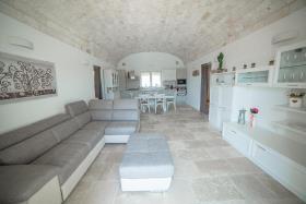 Image No.8-Maison / Villa de 5 chambres à vendre à Ostuni