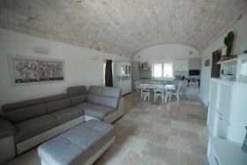 Image No.11-Maison / Villa de 5 chambres à vendre à Ostuni