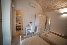 Image No.19-Maison / Villa de 5 chambres à vendre à Ostuni