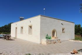 Image No.3-Villa de 4 chambres à vendre à Carovigno