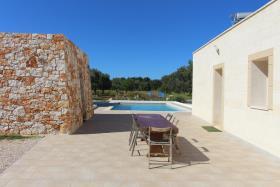 Image No.7-Villa de 4 chambres à vendre à Carovigno