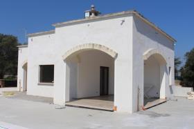Image No.4-Villa de 2 chambres à vendre à Ostuni