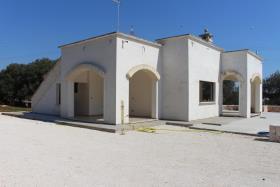 Image No.8-Villa de 2 chambres à vendre à Ostuni