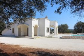 Image No.9-Villa de 2 chambres à vendre à Ostuni