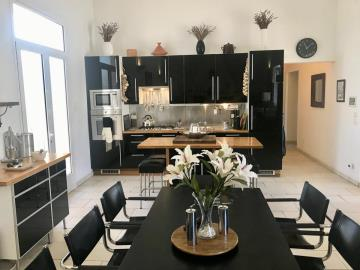 House-kitchen-dining