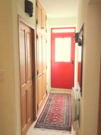-5--Gnd-Floor-Hallway-to-Front-Door-01