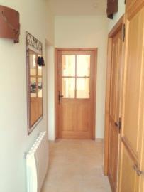 -6--Gnd-Floor-Hallway-to-Kitchen-01