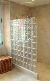 -15--1st-Floor-Bathroom-01