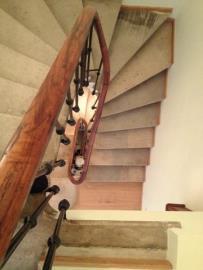 -24--2nd-Floor-Stairwell