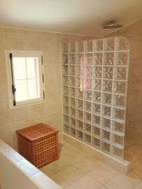 -30--2nd-Floor-Bathroom-03