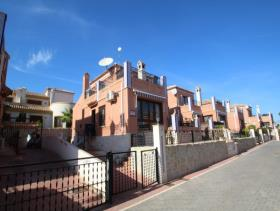 San Miguel de Salinas, Villa / Detached