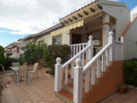 Campoamor, Villa