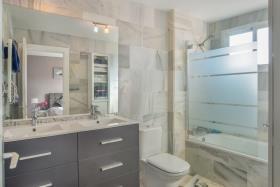 Image No.9-Appartement de 2 chambres à vendre à Riviera del Sol