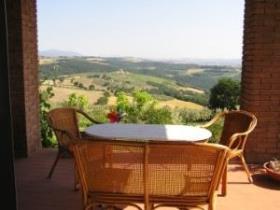 Image No.1-Ferme de 4 chambres à vendre à Todi