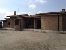 Monteprandone, Villa
