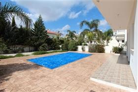 Image No.1-Villa de 3 chambres à vendre à Ayia Napa