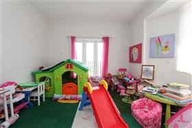 Image No.27-3 Bed Villa for sale