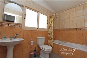 Image No.11-Villa de 2 chambres à vendre à Ayia Thekla