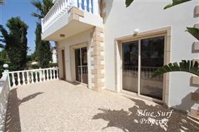 Image No.3-Villa de 2 chambres à vendre à Ayia Thekla