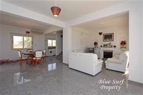 Image No.5-Villa de 2 chambres à vendre à Ayia Thekla