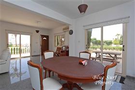 Image No.7-Villa de 2 chambres à vendre à Ayia Thekla