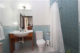 Image No.13-Villa de 5 chambres à vendre à Paralimni