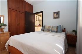 Image No.16-Villa de 5 chambres à vendre à Paralimni