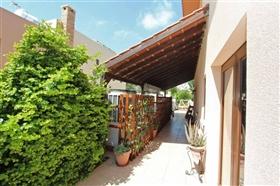 Image No.4-Villa de 5 chambres à vendre à Paralimni