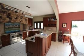 Image No.8-Villa de 5 chambres à vendre à Paralimni