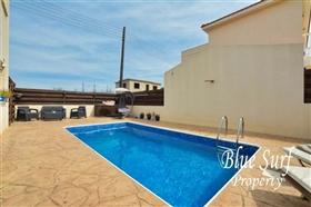 Image No.2-Villa de 3 chambres à vendre à Xylofagou