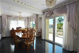 Image No.18-Villa de 5 chambres à vendre à Ayia Napa