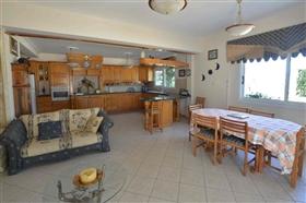 Image No.24-Villa de 5 chambres à vendre à Ayia Napa