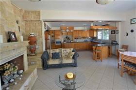 Image No.26-Villa de 5 chambres à vendre à Ayia Napa