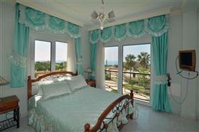 Image No.28-Villa de 5 chambres à vendre à Ayia Napa
